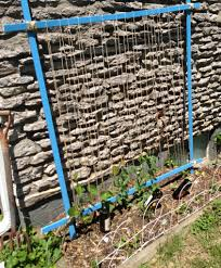 10 homemade trellis made from garden twine and wood scraps my