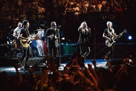 U2 In The City Of Blinding Lights U2 Help Paris Heal At Inspiring Return Show Rolling Stone