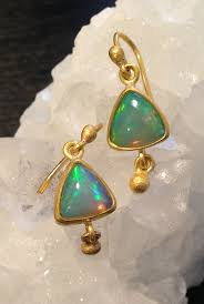 green opal earrings 3167 best beautiful opal jewelry images on pinterest opal