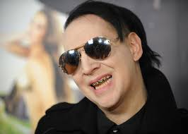 marilyn manson why marilyn manson is wrong to blame dismal album sales on columbine