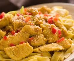 cuisiner des pates pâtes au poulet et au curry recette de pâtes au poulet et au