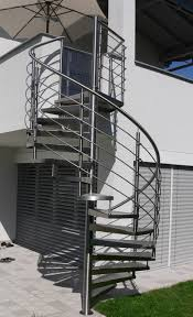 treppen im au enbereich metalltreppen geländer für außen traxler treppen