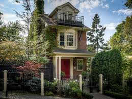 find my perfect house tragically hip singer s house nearly sets record for riverdale the