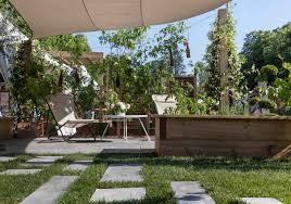 pas japonais en pierre naturelle cheminer au jardin grâce aux pas japonais mon aménagement extérieur