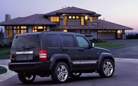 jeep liberty suv jeep liberty replacement to receive new 3 2 liter pentastar v 6