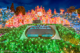 micechat disneyland resort features holidays hits and misses
