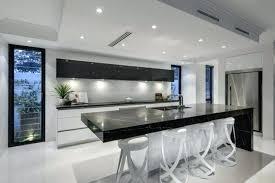 cuisine blanche et noir cuisine noir et blanc et bois cuisine cuisine complete cuisines