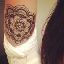 lovely henna flower tattoo on waist in 2017 real photo pictures