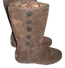 s ugg like boots ugg australia brown ugg australia boots reversible s n 3387 size 7