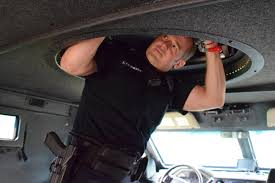 neighborhood police officer eric osterkamp makes a difference in