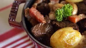 quel vin pour cuisiner boeuf bourguignon boeuf bourguignon recette du boeuf bourguignon avec marinade au