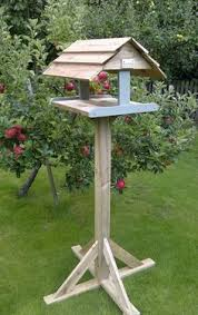Bird Table L 89 Unique Diy Bird Feeders Step By Step Tutorials Page 5