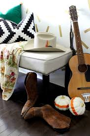 two top ideas of wall decorating bedroom image decor idolza