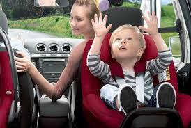 norme siège auto bébé sécurité en voiture choisir un siège auto pour enfant darty