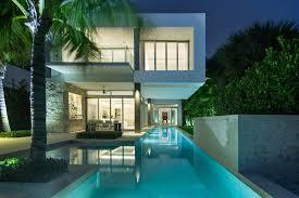 sleek modern dwelling overlooking biscayne bay florida modern