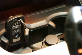 2006 bmw 325i key fob where to place your key fob