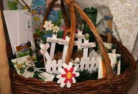 inexpensive gift baskets 25 easy inexpensive and gift basket ideas recipes
