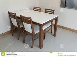 Salle A Manger Bois Gris by Table De Salle A Manger Contemporaine En Bois Table De Salle à