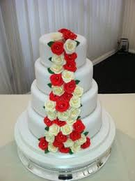 wedding cake liverpool 5 tier white diamanté wedding cake cakes designer