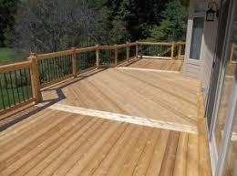 cedar railing with aluminum spindles dupont construction
