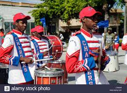 thanksgiving day parade chicago thanksgiving parade band stock photos u0026 thanksgiving parade band