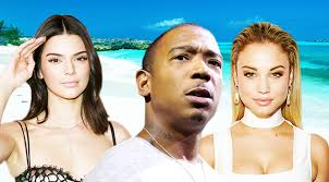 Seeking Uproxx The Fyre Festival Catastrophe Is A Mandate To Curate Your Own