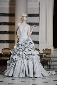 coloured wedding dresses uk five coloured wedding gowns how to wear them getting married