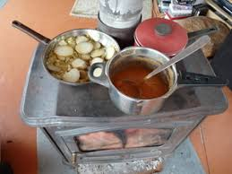 cuisiner sur poele à bois alimentation conseil solutions