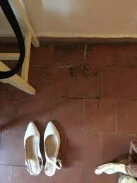 chambre hotel au mois trace humidité au sol chambre photo de hotel le couvent royal de