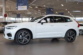 xc60 r design the new volvo volvo xc60 t8 r design white pre production