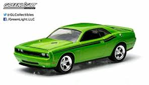 2011 dodge challenger amazon com 2011 dodge challenger r t green with envy gl