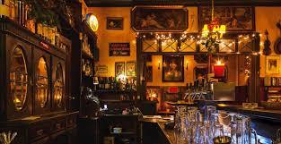 Wohnzimmer Bar Berlin Fnungszeiten Leuchtturm Kiezkneipe