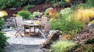 Family Garden - patio ideas and designs sunset