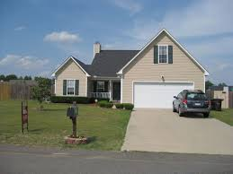 3 bedroom home close to fort bragg summerfield east