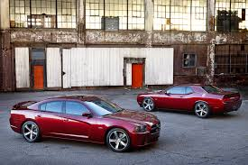 dodge charger vs challenger dodge launches innovative 2015 charger and challenger lease