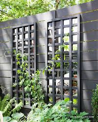 Diy Garden Trellis Ideas Diy Mirrored Trellis With Benjamin Moore U0027s Regal Exterior
