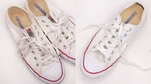 what s the best way to clean white kitchen cabinets how to clean white converse