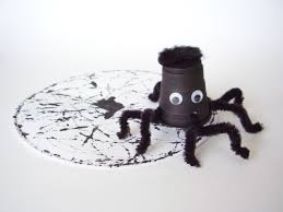 easy spider craft you can make with preschoolers preschool toolkit