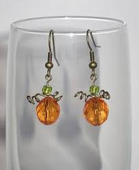 Halloween Jewelry Crafts - orange and green lucite beaded halloween pumpking earrings