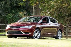 chrysler car 200 fca to cut dodge dart chrysler 200 in shift to pickups jeeps