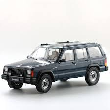 jeep cherokee toy 1 18 diecast model for beijing jeep cherokee 2500 blue suv no