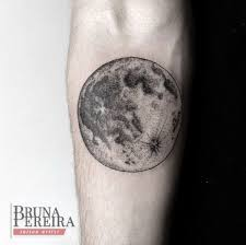 31 exles of amazing and meaningful moon tattoos page 7