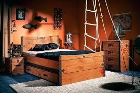 chambre de pirate chambre de pirate pirate ship bedroom bord de mer chambre d enfant