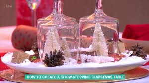 Christmas Table by How To Create A Show Stopping Christmas Table This Morning Youtube