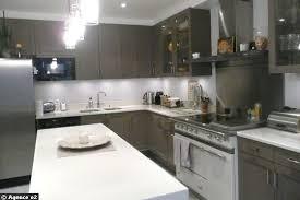 cuisine 13m2 amenager une cuisine de 8m2 maison design bahbe com