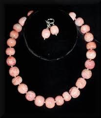 natural coral necklace images Natural coral necklace toni hurlbuttoni hurlbut jpg