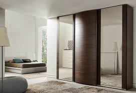 les placards de chambre a coucher best placard marron fonce chambre images amazing house design