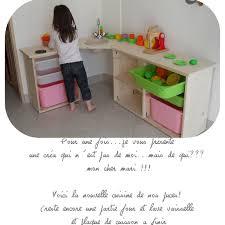 cuisine en bois fille cuisine enfant en bois clic pique