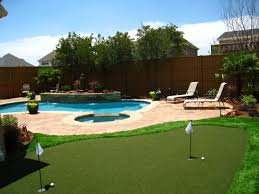 Pool Ideas For Small Backyard by Small Backyard Pool And Grass Design Backyard For Entertaining