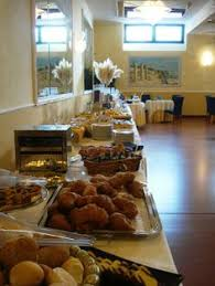 Grandys Breakfast Buffet Hours by Milk Dispenser Frilich U2013 Germany Fringe Central Pinterest